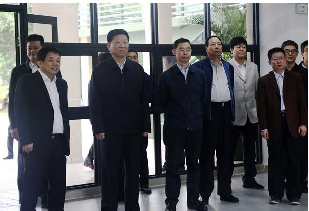 人社部部长尹蔚民调研我校学生就业创业工作